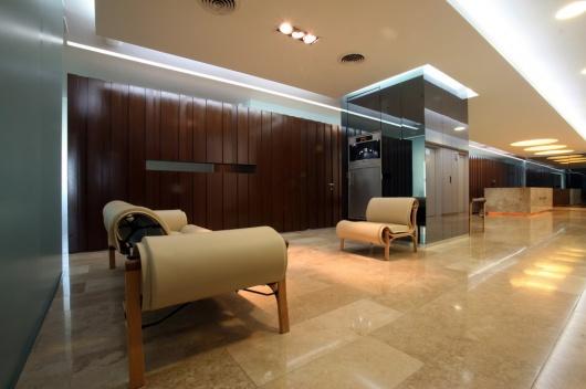 Arquitectura de interiores for Diseno de oficinas modernas para abogados