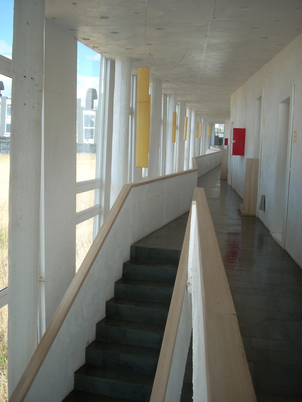 Archdaily En Viaje Hotel Remota Germ N Del Sol Plataforma  # Muebles Lenga Punta Arenas
