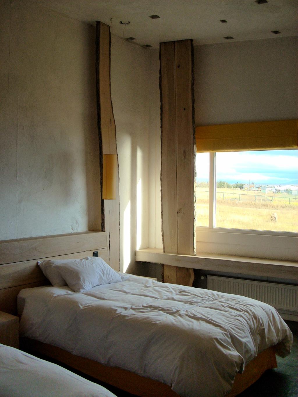 Archdaily En Viaje Hotel Remota Germ N Del Sol Archdaily Colombia # Muebles Lenga Punta Arenas