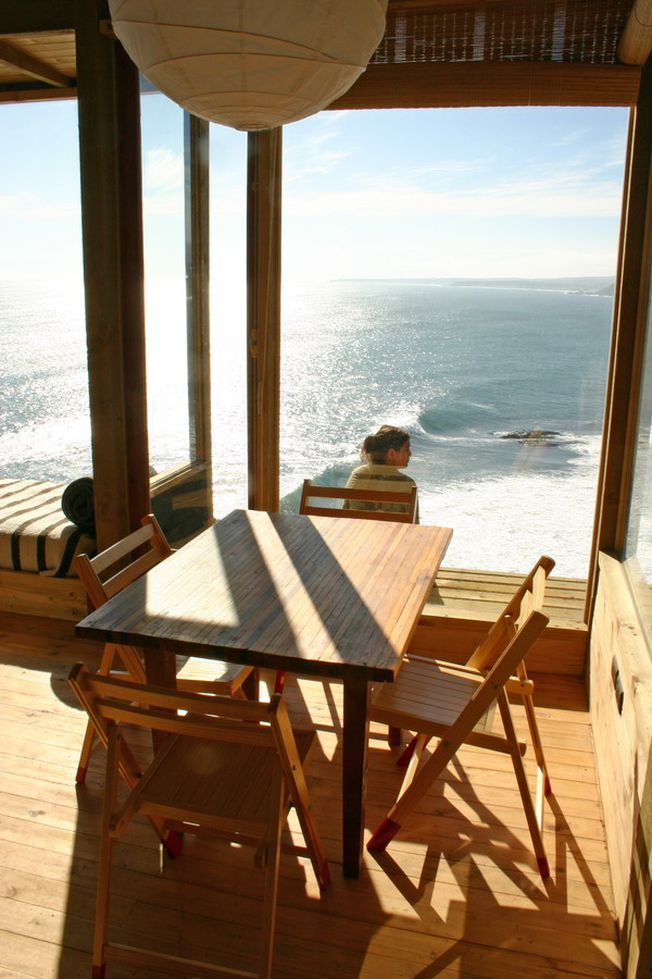 Amazing Cliff Top House Chile