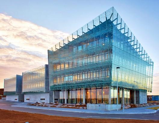 Comunidad de Arquitectura: EL AGORA - Portal 1294332257-icelandcenter-528x407