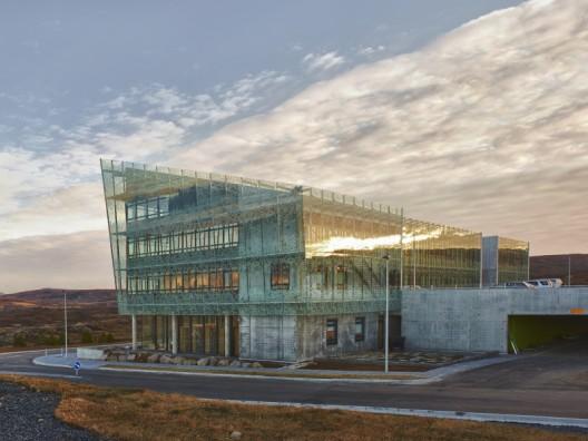 Comunidad de Arquitectura: EL AGORA - Portal 1294332283-iceland-institute-of-natural-history-7-vigfusbirgisson-528x396