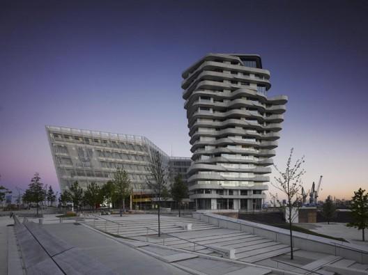 torre marco polo behnisch architekten plataforma arquitectura. Black Bedroom Furniture Sets. Home Design Ideas