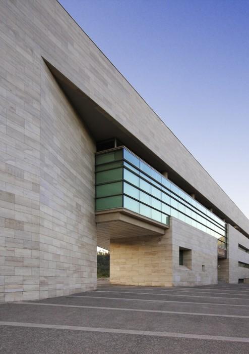 Chile santiago municipalidad de vitacura skyscrapercity for Accesos arquitectura