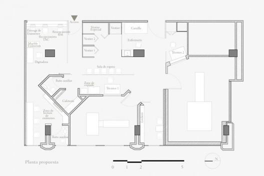 Arquitectura consultorio col n oficina informal for Medidas de una oficina arquitectura
