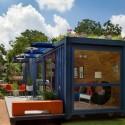 Casa-Container para invitados / Poteet Architects (11) © Chris Cooper