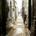 Clásicos de Arquitectura: Cementerio de la Recoleta / Juan A. Buschiazzo (9) © Usuario de Flickr: valkyrieh116
