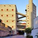 Clásicos de Arquitectura: SESC de Pompéia / Lina Bo Bardi (1) © Usuario de Flickr: Pedro Kok