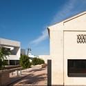 Biblioteca pública y Escuela de Música / Donaire Arquitectos (1) © Fernando Alda