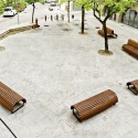 Remodelación del Casco Antiguo de Banyoles /  Josep Miàs (6) Plaça del Teatre © Adria Goula