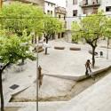 Remodelación del Casco Antiguo de Banyoles /  Josep Miàs (9) Plaça del Teatre © Adria Goula