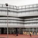 Edificio Mercado Municipal y Espacio Público Rubí / MiAS Arquitectes (6) © Adrià Goula