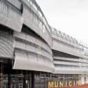 Edificio Mercado Municipal y Espacio Público Rubí / MiAS Arquitectes (10) © Adrià Goula