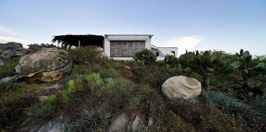 Casa observatorio de tatiana bilbao por el fot grafo iwan for La roca bilbao