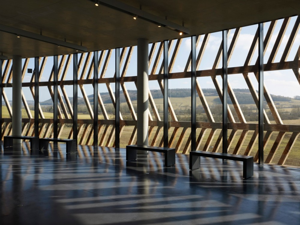 Centro de Visitantes Museo Alésia / Bernard Tschumi Architects  (4) © Christian Richters