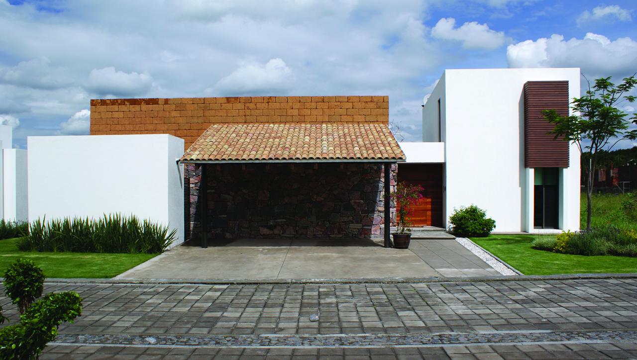 Casa fresno dionne arquitectos plataforma arquitectura for Casas estilo mexicano contemporaneo fotos
