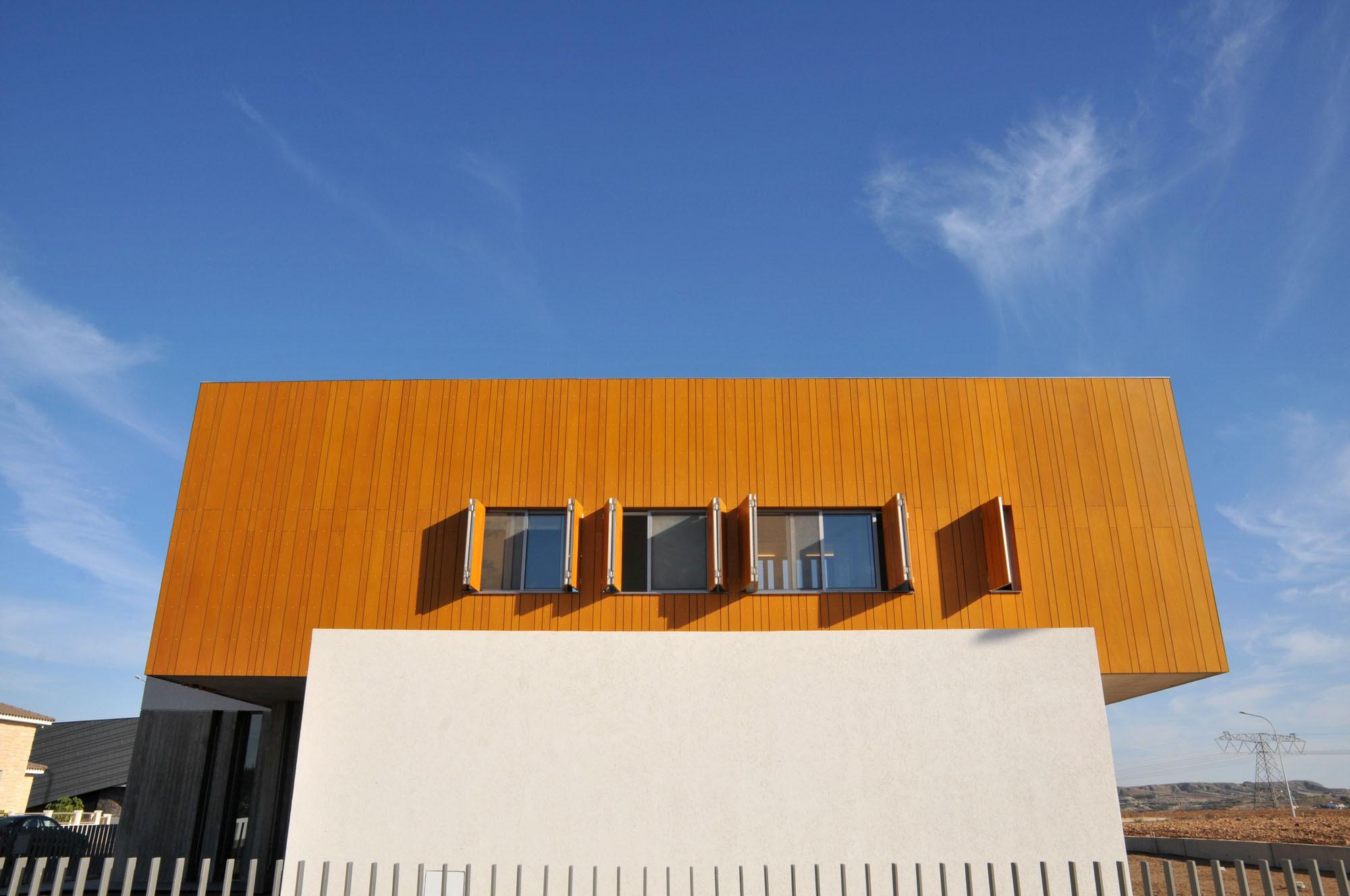 [PUERTAS / VENTANAS] Ventanas y puertas abatibles y plegables y puertas correderas en revit 5098913328ba0d03f00000f7_casa-0405-simpraxis-architects_3