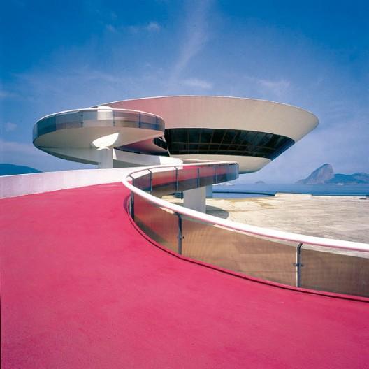 Oscar niemeyer arquitecto incasante archdaily m xico - Arquitecto de brasilia ...