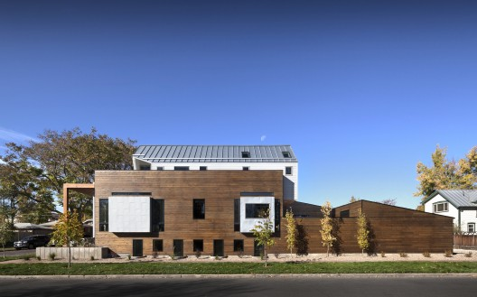 Casa de la Avenida 33 / Meridian 105 Architecture