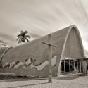 Um ano sem Oscar Niemeyer Iglesia de Pampulha. Image © Bruno do Vale