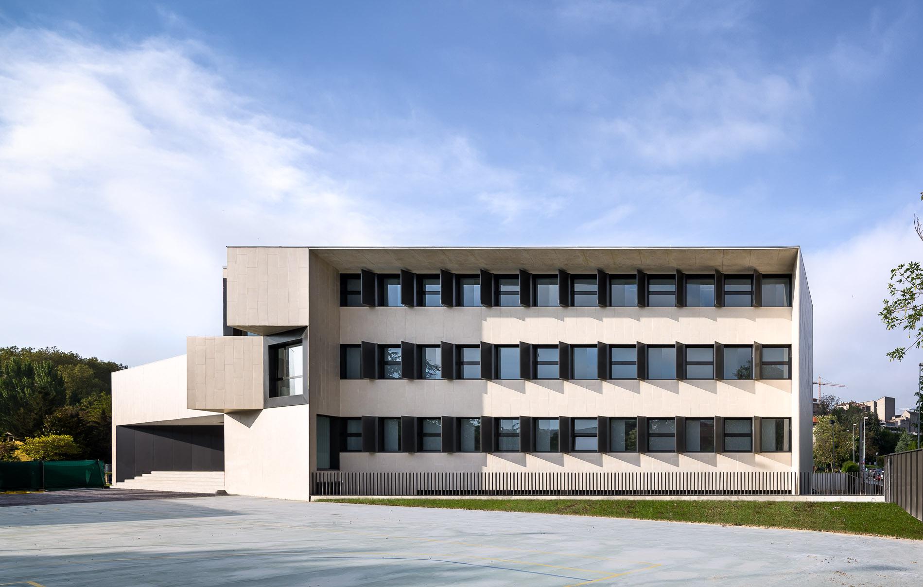 Nuevo edificio para el colegio el redin en pamplona - Arquitectos en pamplona ...