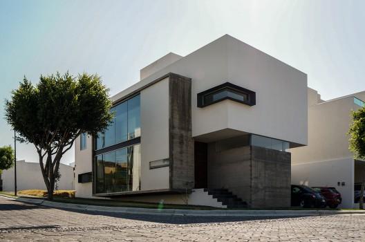 Casa orea dionne arquitectos planos de casas gratis for Casa de arquitectos